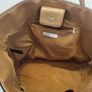 Kenneth Cole Reaction Bags - Kenneth Cole Reaction Womens Tote Bag EXC